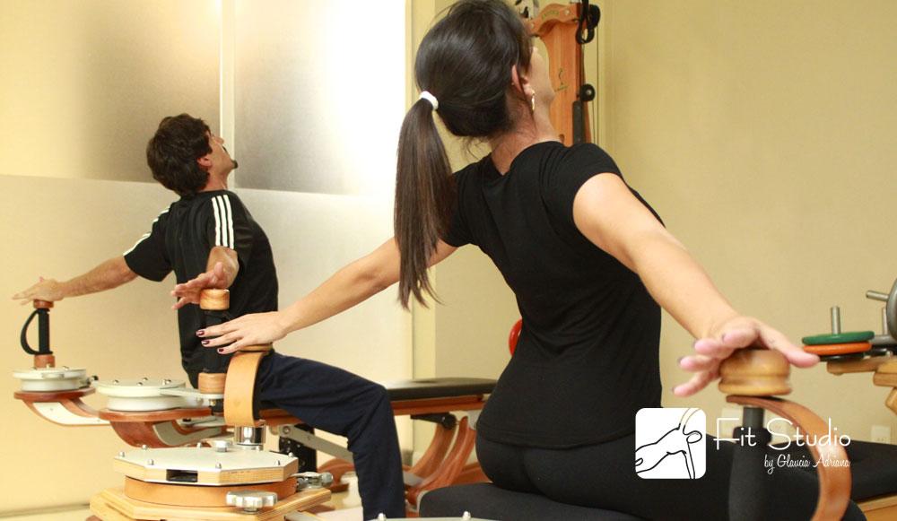 O Gyrotonic também trabalha a coordenação motora e ao mesmo tempo fortalece os ossos, músculos e tendões de forma global